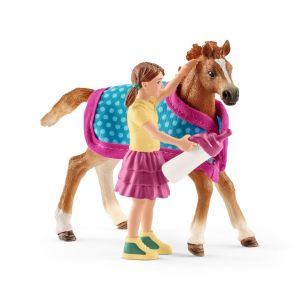Schleich 42361 horse Foal with blanket